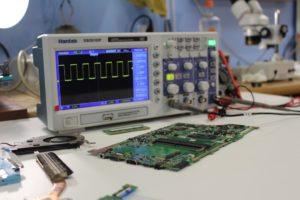 Процессы и сигналы с микросхемы BIOS компьютера